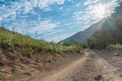 Via in montagne Fotografie Stock
