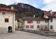 Via nel villaggio di Filisur in Svizzera Fotografia Stock