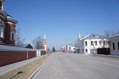 Via nella parte storica della città di Kolomna nella regione di Mosca Immagine Stock Libera da Diritti