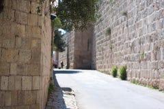 Via nella vecchia città di Jeruslaem Fotografie Stock Libere da Diritti