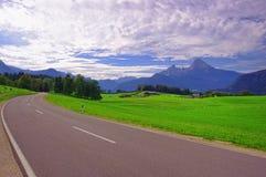 Via nelle montagne della Baviera Immagini Stock