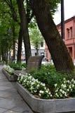 Via pedonale nel centro urbano di Kaunas, Lituania Fotografia Stock