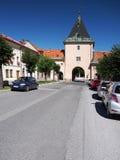 Via principal da cidade de Levoca, Eslováquia fotografia de stock