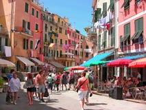 Via principale dell'Italia Vernazza Immagini Stock Libere da Diritti