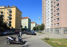 Via residenziale di estate Vienna, Austria Fotografia Stock