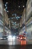 Via Roma i Turin på natten Arkivfoto