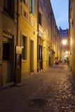 Via stretta in Città Vecchia di Wroclaw in Polonia Fotografie Stock