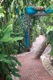Via in un giardino Fotografia Stock Libera da Diritti
