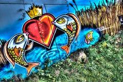 Via urbana Art Fish dei graffiti immagini stock