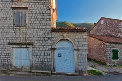 Via in vecchia città montenegro fotografia stock