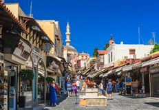 Via in vecchia città Isola di Rodi La Grecia Immagini Stock