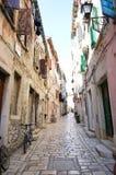 Via in vecchia giù città, Croazia Fotografie Stock Libere da Diritti
