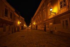 Via vuota alla notte Fotografie Stock Libere da Diritti