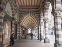 Via XX Settembre-colonnade in Genua Royalty-vrije Stock Foto's