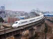 Viadotto dell'incrocio del treno ad alta velocità Immagine Stock Libera da Diritti