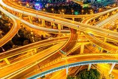 Viadotto di Shanghai nella sera Fotografie Stock