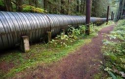 Viadotto industriale della costruzione di Indistry del tubo della grande conduttura Fotografie Stock Libere da Diritti