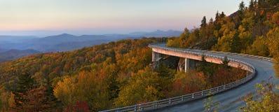 Viadotto Pano, strada panoramica blu della baia di Linn del Ridge Fotografia Stock Libera da Diritti