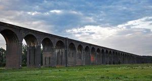 Viaduc de Harringworth au crépuscule Photographie stock libre de droits