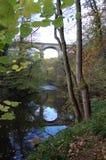 Viaduc de région boisée près de Morpeth le Northumberland photos stock