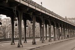 Viaduct de Passy im Sepia Lizenzfreie Stockfotografie