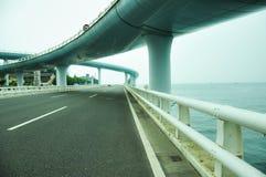 Viaduct durch das Meer in Xia-men stockfoto