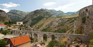 Viaduct nas montanhas Imagem de Stock Royalty Free