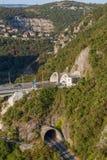 Viaduct op de heuvels Stock Afbeeldingen