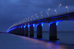 Viaduct sob l azul Fotos de Stock