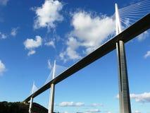 Viaduct van millau stock afbeelding