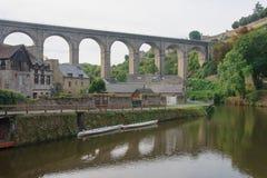 Viaductbrug, Dinan Stock Afbeeldingen