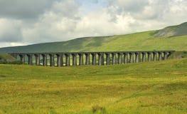Viaducto de Ribblehead, mirando Yorkshire del sur, del norte Fotos de archivo libres de regalías