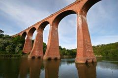 Viaducto en Whitby sobre el Esk. Imagenes de archivo