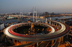 Viaduktbrücke in Shanghai Stockfoto