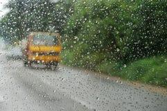 Viagem através da chuva Imagem de Stock
