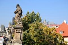 Viagem através de Praga bonita, República Checa, outono, outubro fotografia de stock royalty free