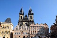 Viagem através de Praga bonita, República Checa, outono, outubro fotografia de stock