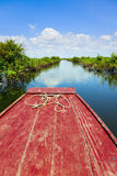 Viagem através do lago sap de Tonle Imagens de Stock Royalty Free