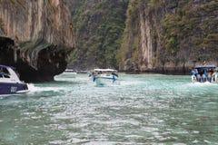 Viagem perto da ilha Imagens de Stock Royalty Free