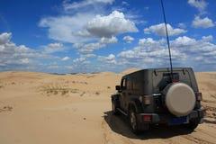 Viaggiando nel deserto Fotografia Stock
