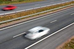 Viaggiando nell'alta velocità sull'autostrada Fotografie Stock