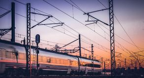 Viaggiando in treno sul pomeriggio Immagine Stock Libera da Diritti