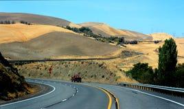 Viaggiando una strada principale dell'Oregon Fotografia Stock