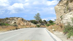 Viaggiano le strade della penisola di Sithonia video d archivio