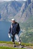 Viaggiatore nelle montagne Fotografia Stock Libera da Diritti