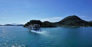 In viaggio alla spiaggia di fama mondiale di Oporto Katsiki immagini stock