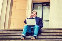Viaggio americano dell'uomo, lavorante a New York Immagini Stock Libere da Diritti