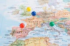 Viaggio dei perni della mappa di Europa Immagine Stock Libera da Diritti