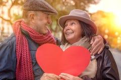 Viaggio del biglietto di S. Valentino degli anziani fotografia stock libera da diritti
