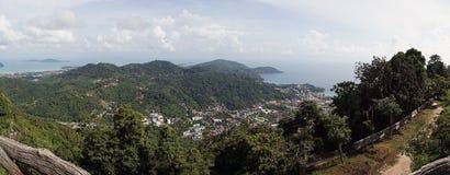 Viaggio dell'Asia di verde della città di vista dell'isola di Phuket Tailandia fotografia stock libera da diritti